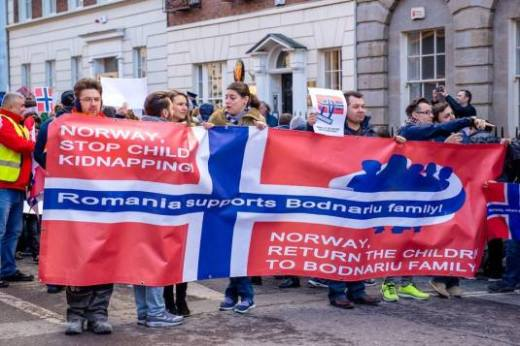Ireland 4 Bodnariu Family - Norway stop child kidnapping