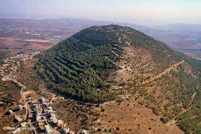 Mount-Tabor-aerial-from-northwest,-tbs121210011-biblelieux